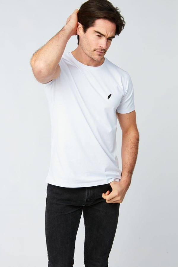 T Shirt Homme Plume Brodee Blanc Front Crop